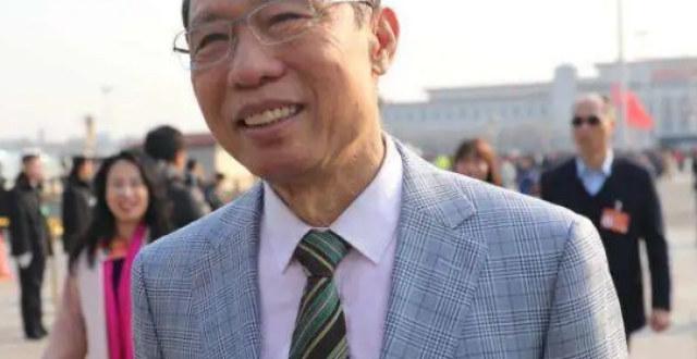 艺人沈佳欣公开质问钟南山引公愤,华谊紧急发声明