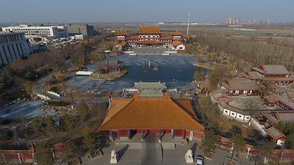 天狮董事长李金元百亩宫殿号称价值10亿元
