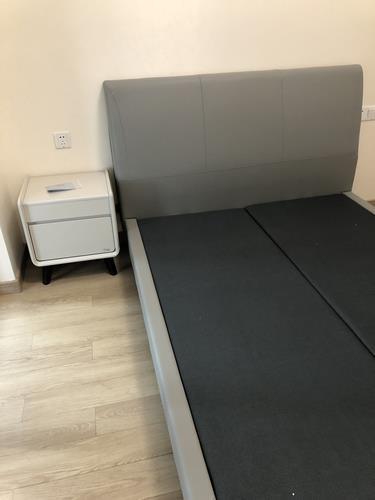 芝华仕简约现代床头柜