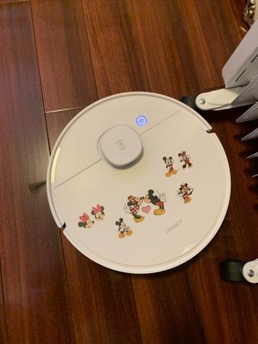 科沃斯地宝N8扫地机器人